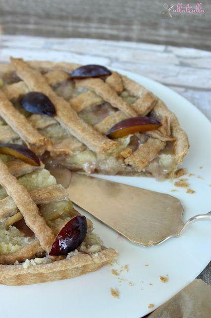 ullatrulla backt und bastelt: Tarte mit Pflaumen und Pfirsichen