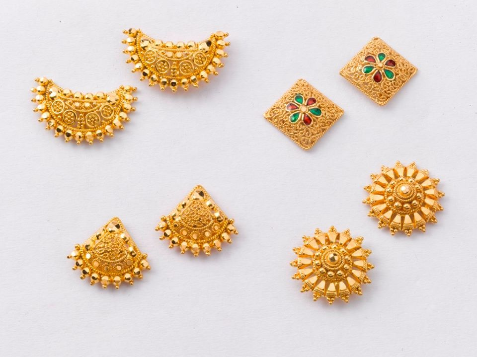 634 best Gold design images on Pinterest Wedding jewelry Indian