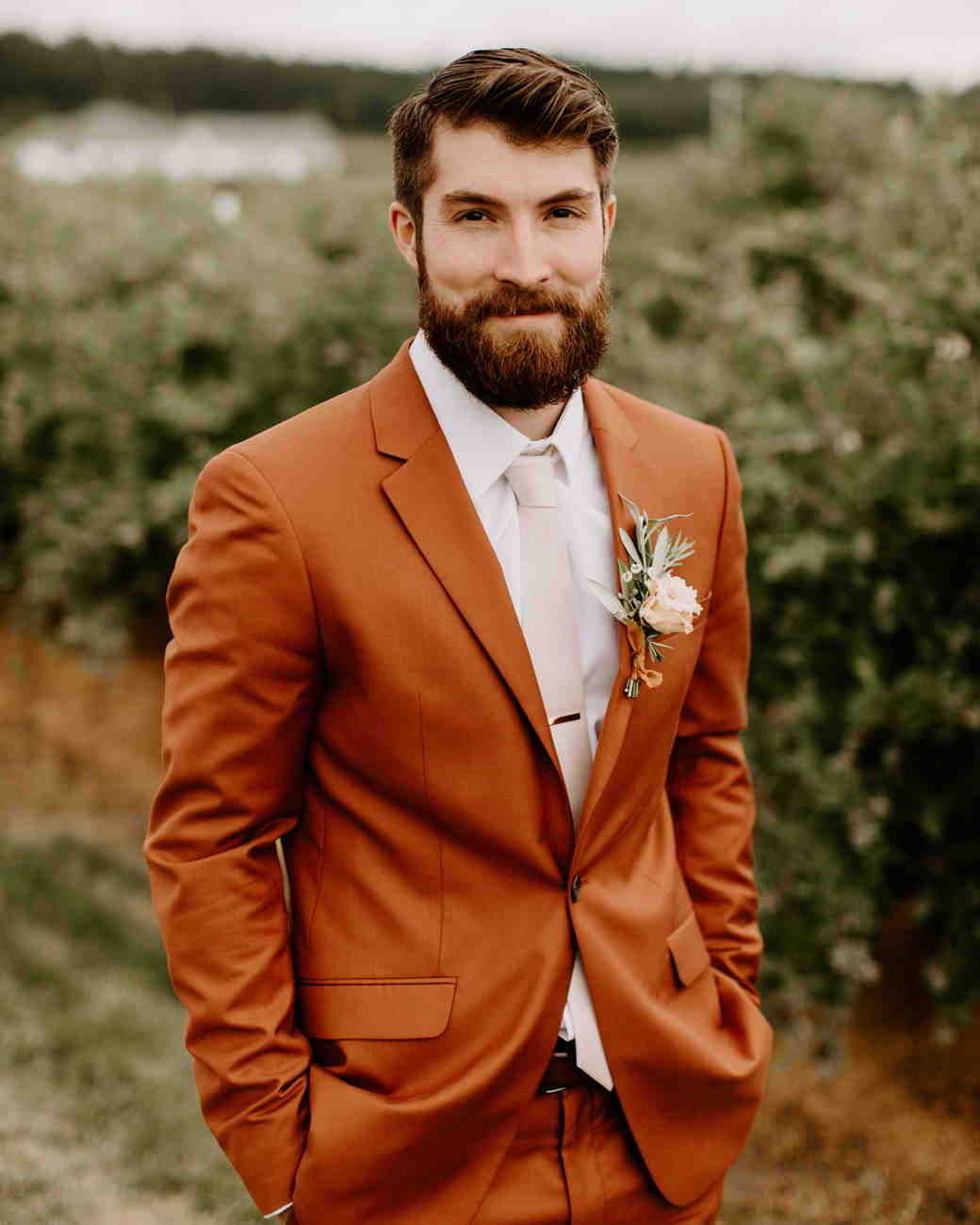 20 Orange Wedding Ideas For Couples Who Love Color Orange Wedding Wedding Suits Men Groom Suit [ 1300 x 1040 Pixel ]