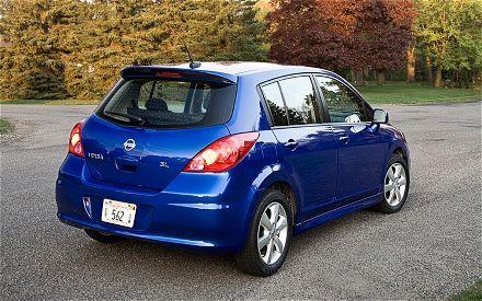 Nissan Versa Hatchback A Car I Currently Own And Love Nissan Versa Hatchback New Cars