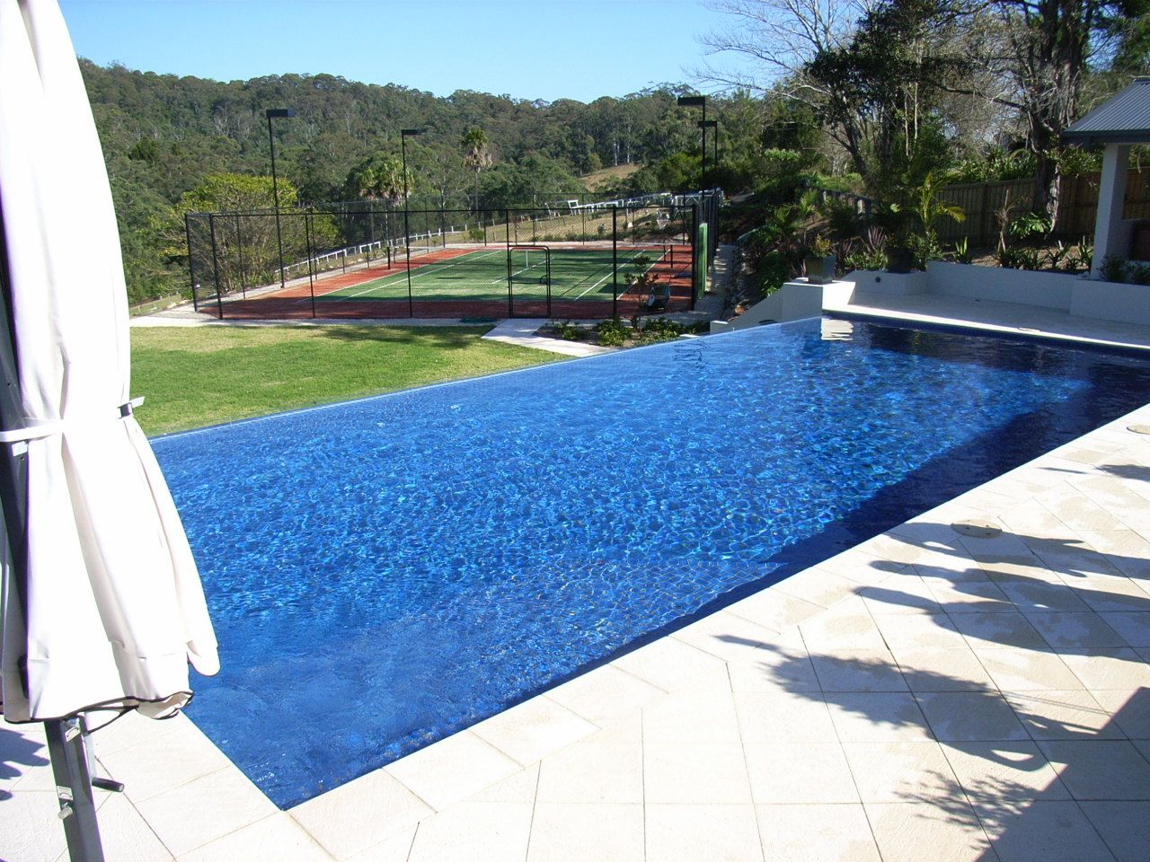 infinity pools - Google Search | pool ideas for DO | Pinterest ...