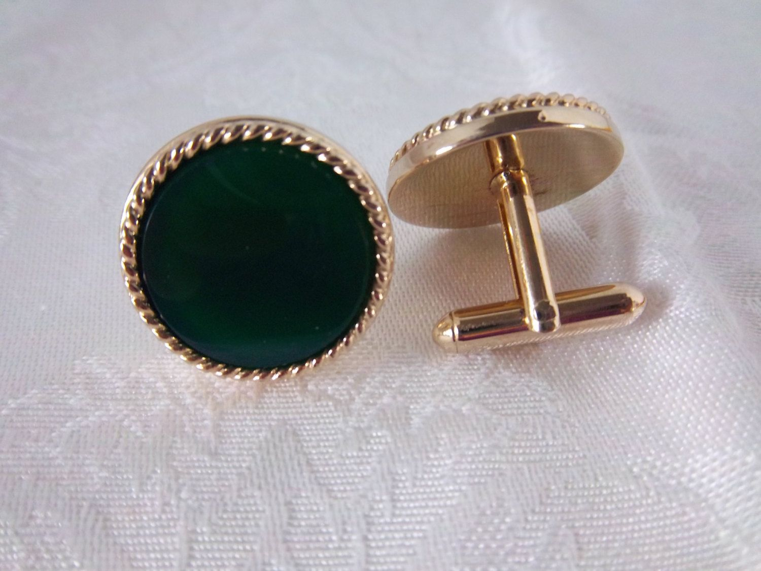 7e14a8a966e2 Vintage Hunters Green Glass Cufflinks, Marked S, Possible Swank, Gold Tone  Wedding Cuff Links, Father's Day by Sarasvintageattic on Etsy