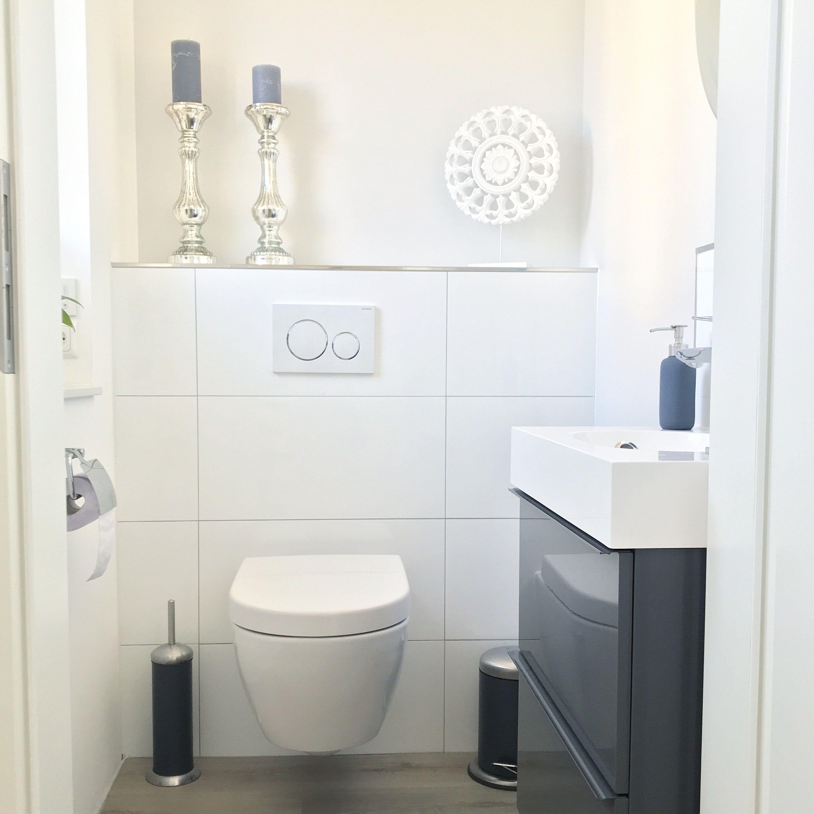Instagram: wohn.emotion Landhaus Gäste-WC guest bathroom ...