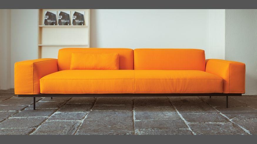 535 Sit Up sofa modular fabric or leather sofa