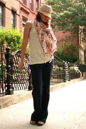 largo, pantaloni morbide + canotta + sciarpa da Rocio Bacino