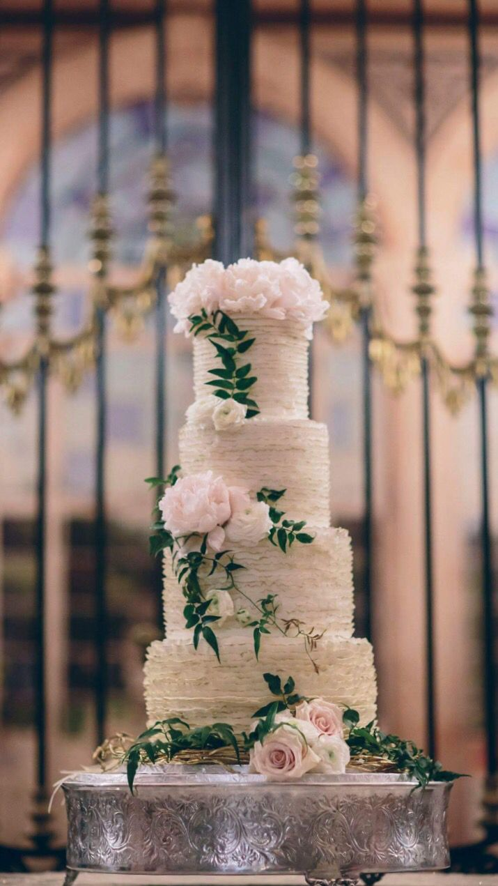Gilded Ruffles In Ercream For A Wedding At Vizcaya Miami Cake By Cloud 9 Bakery Www Cloud9bakerycafe