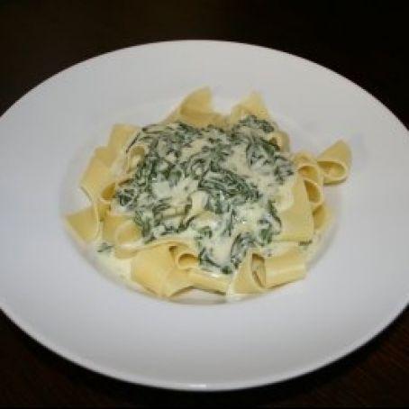 Photo of Recipe for delicious PASTA in creamy SPINATE GORGONZOLA sauce with cream