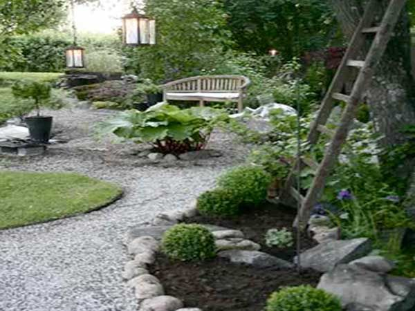 comment am nager un jardin zen jardin pinterest gravier blanc gravier et bancs en bois. Black Bedroom Furniture Sets. Home Design Ideas