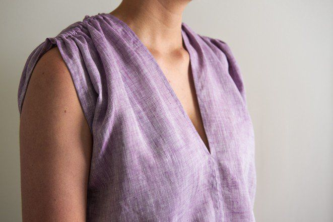 Tunic with Gathered Shoulders in Watercolor Linen | Purl