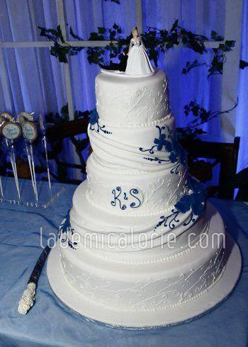 Gâteau de mariage blanc et bleu , La Demi,Calorie Plus