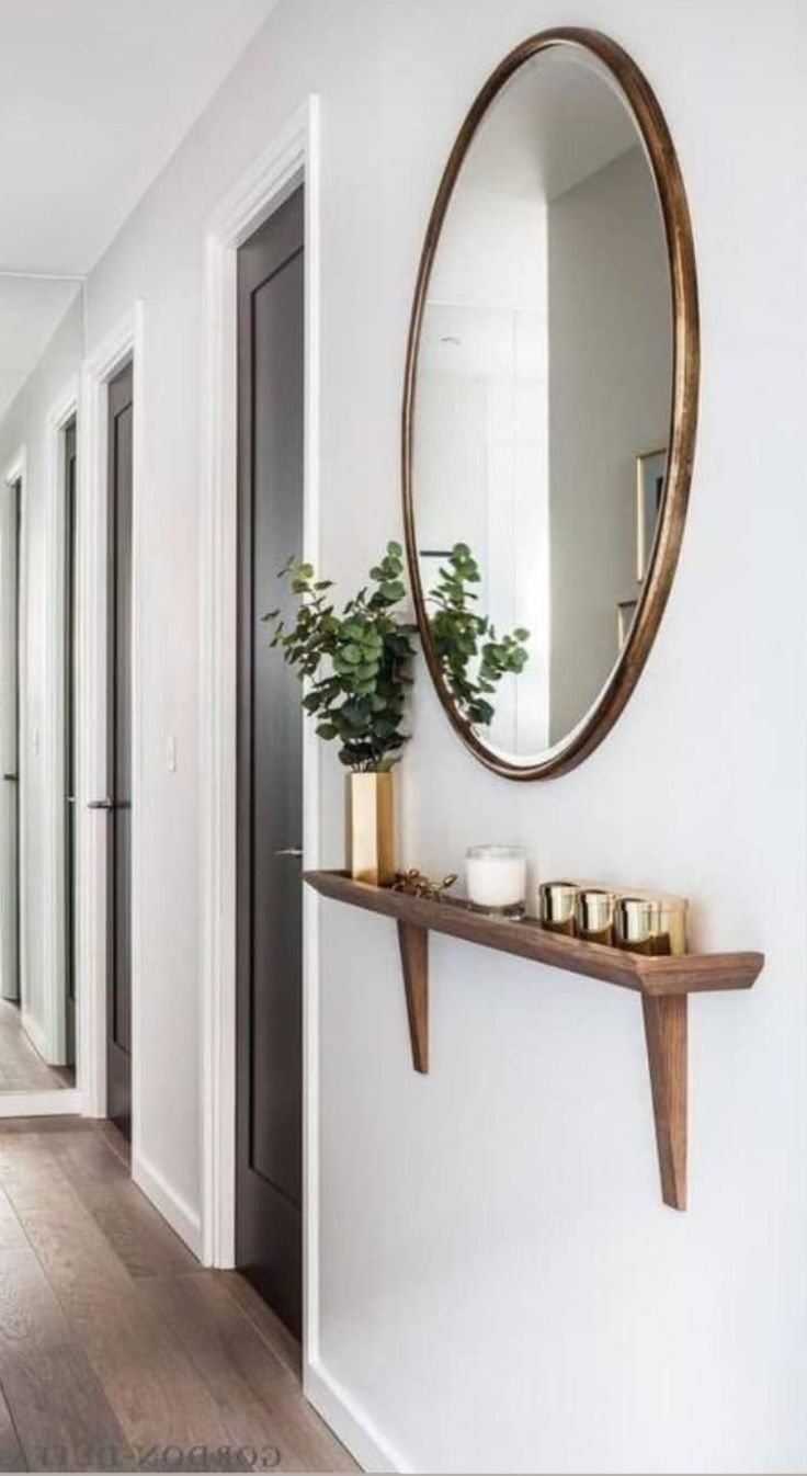A super thin shelf like this would be perfect for our narrow storage-less hallwa... -  #hallw... #hausdekoeingangsbereich