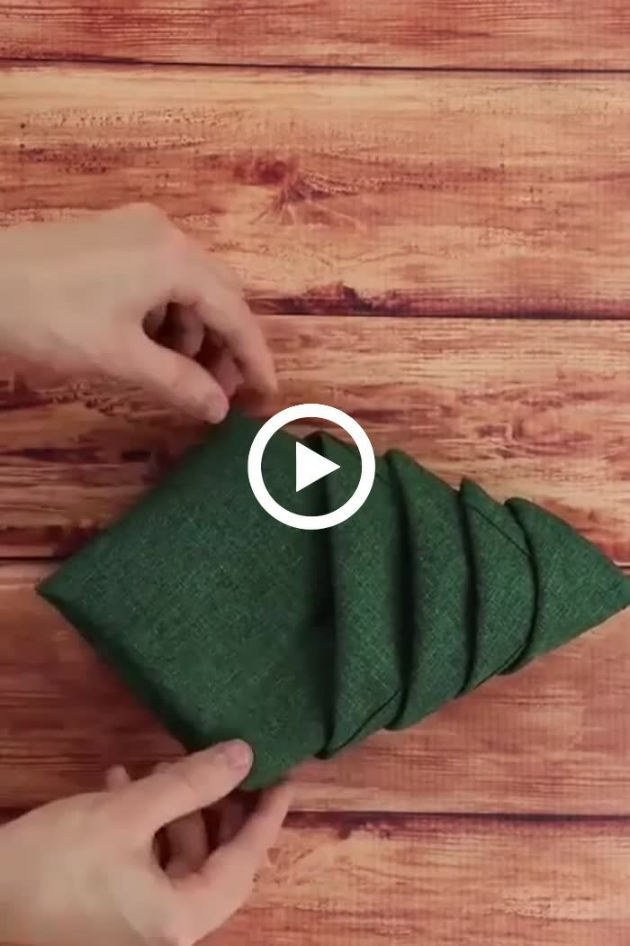 Christmas Napkin Folding Idea Christmas Napkin Folding Idea