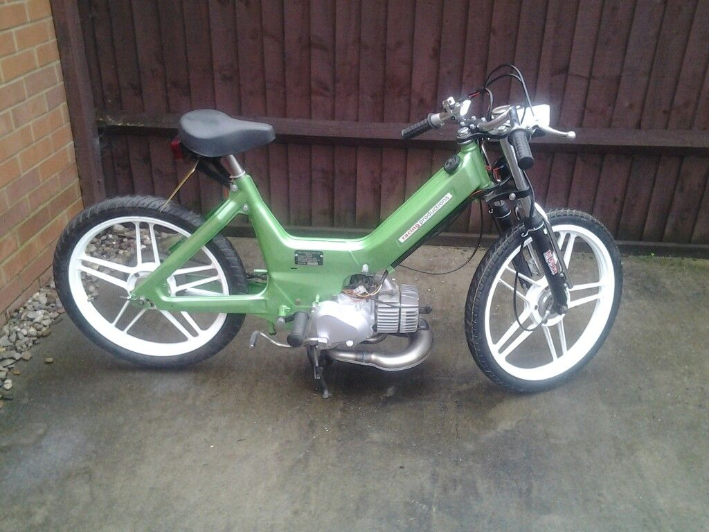 70cc puch maxi gone to its new home another build from