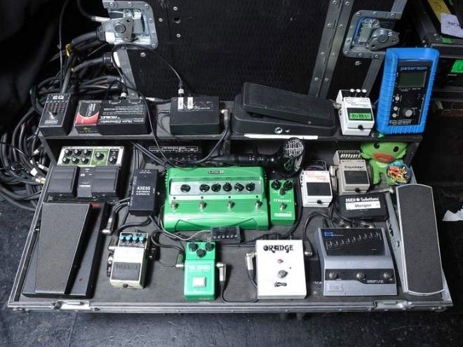 brent hinds effects bay music pedalboard guitar pedals guitar rig. Black Bedroom Furniture Sets. Home Design Ideas