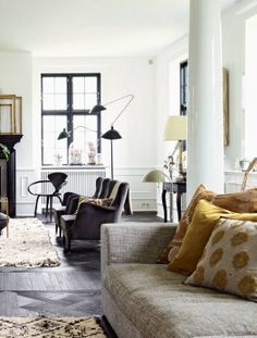 greige: interior design ideas and inspiration for the transitional home | Living room