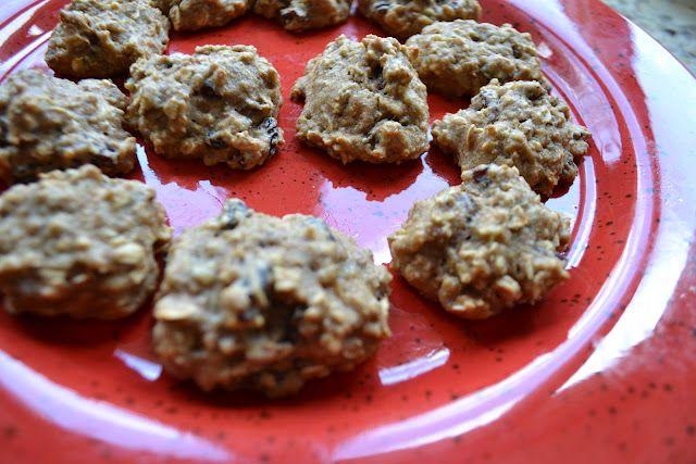 Banana Oatmeal Raisin Cookies | Vegan: To Be or Not To Be