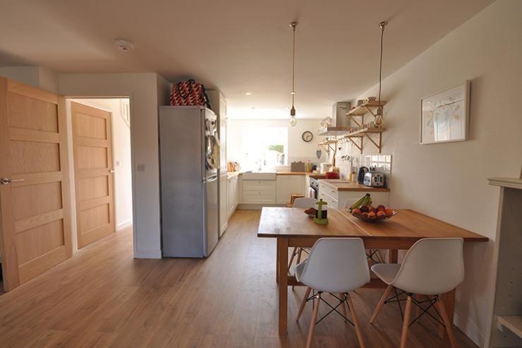 www.self-build.co.uk sites default files styles readers_home_slider public glover-semi-detached-self-build-home-kitchen-diner.jpg?itok=Rw2SMQIv