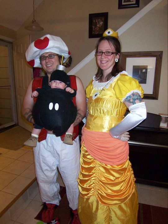 33 Family Halloween Costumes That Are Absolutely Fantastic ...
