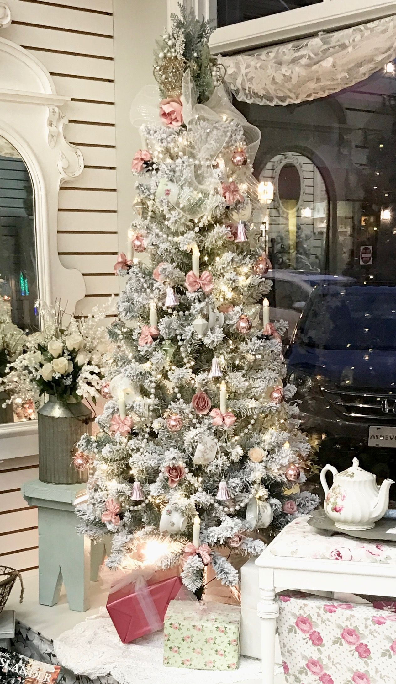 Shabby Chic Christmas Tree Display Shabby Chic Christmas Tree Pink Christmas Tree Shabby Chic Christmas Decorations