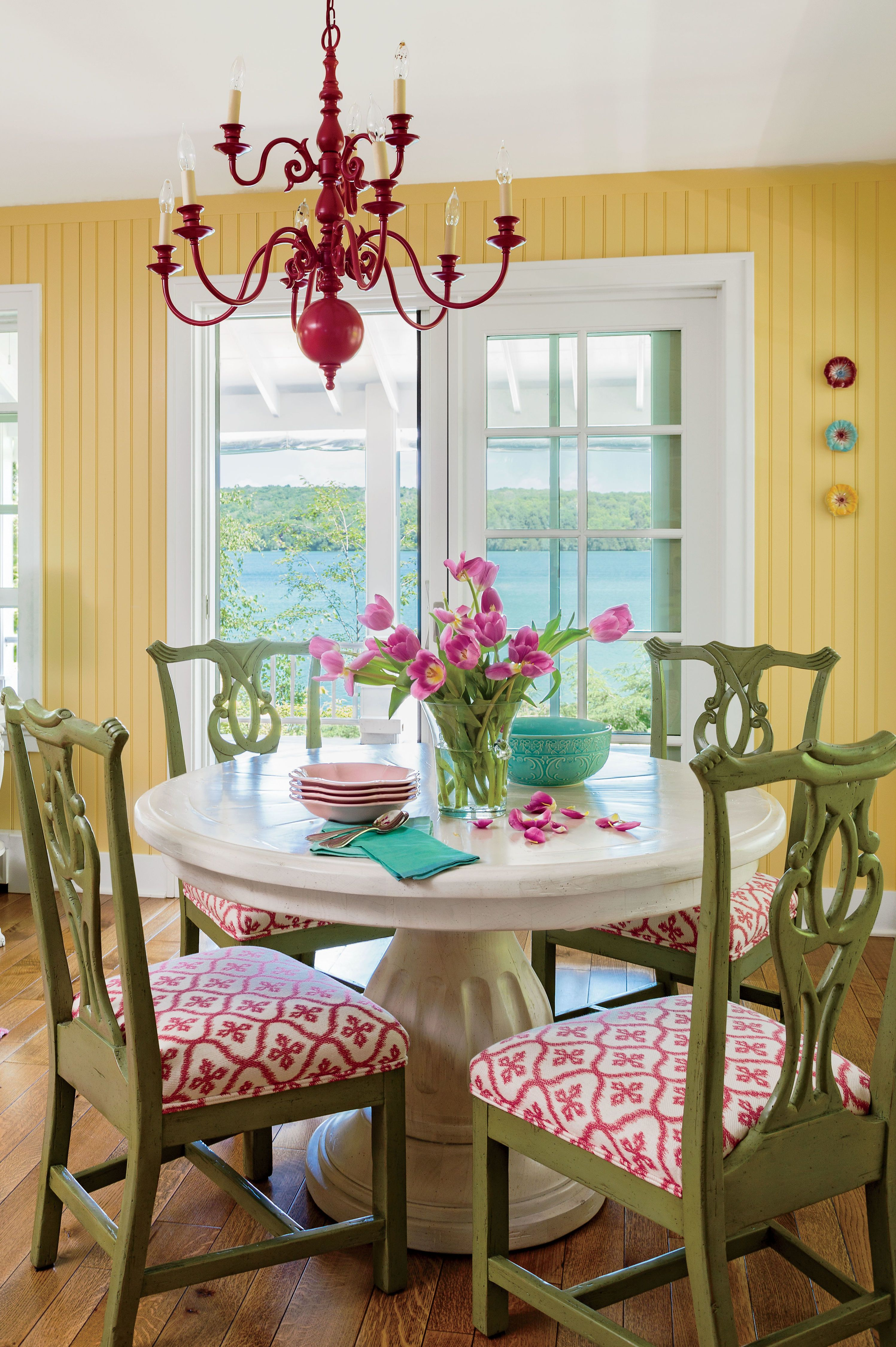 colorful lake michigan cottage dining room colors on lake cottage colors id=42875