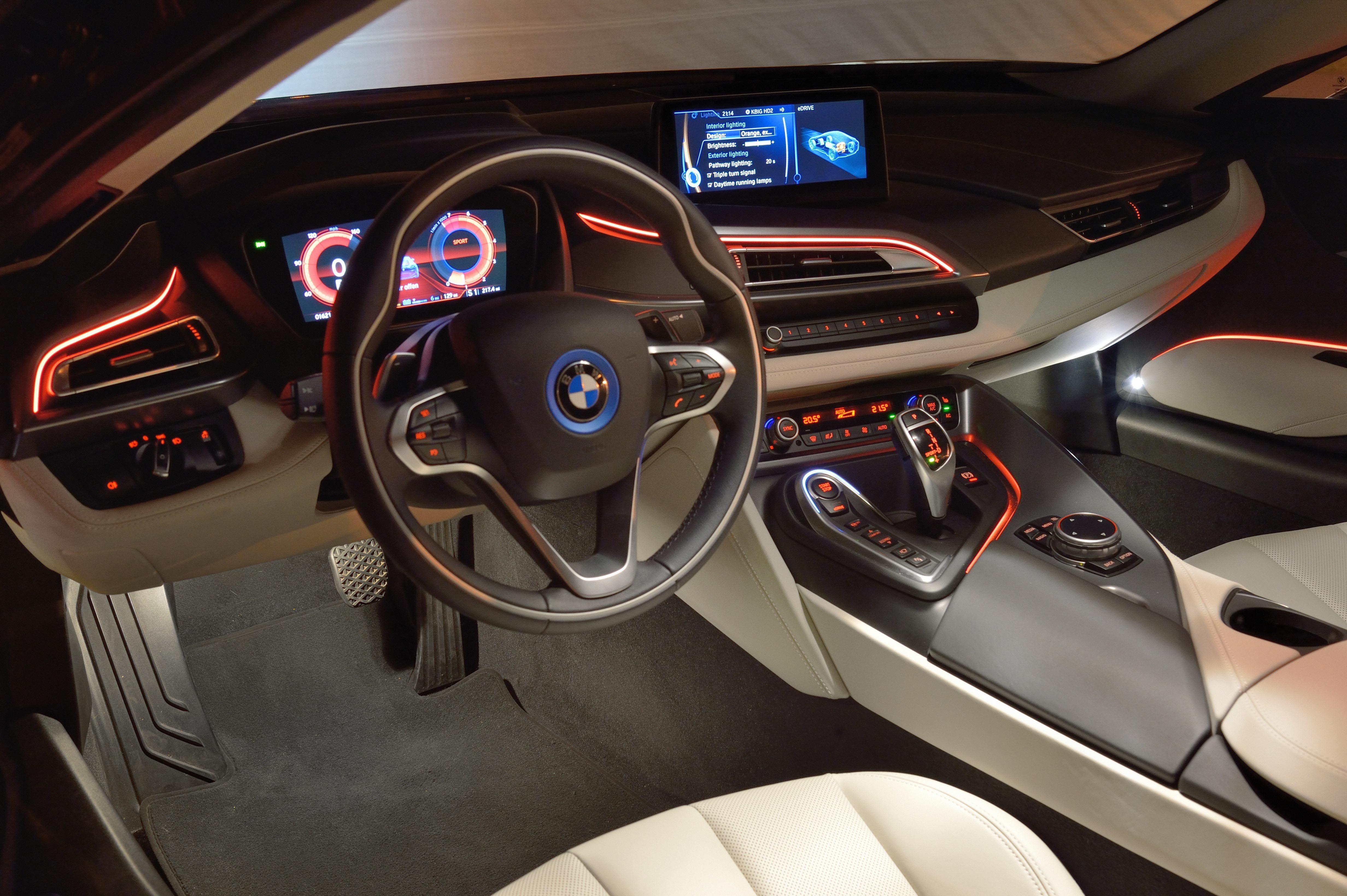 Bmw I8 Interior 3 Jpg 4928 3280 With Images Bmw I8 Bmw Bmw