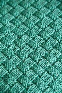 Comfort Knit Pet Blanket   Blanket knitting patterns, Knit ...