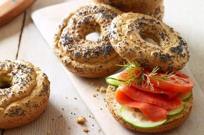 An easy-to-follow Paleo Bagels recipe with only 8 ingredients. Gluten-free, no yeast, no rise time, healthy, low-carb, grain-free bagels.