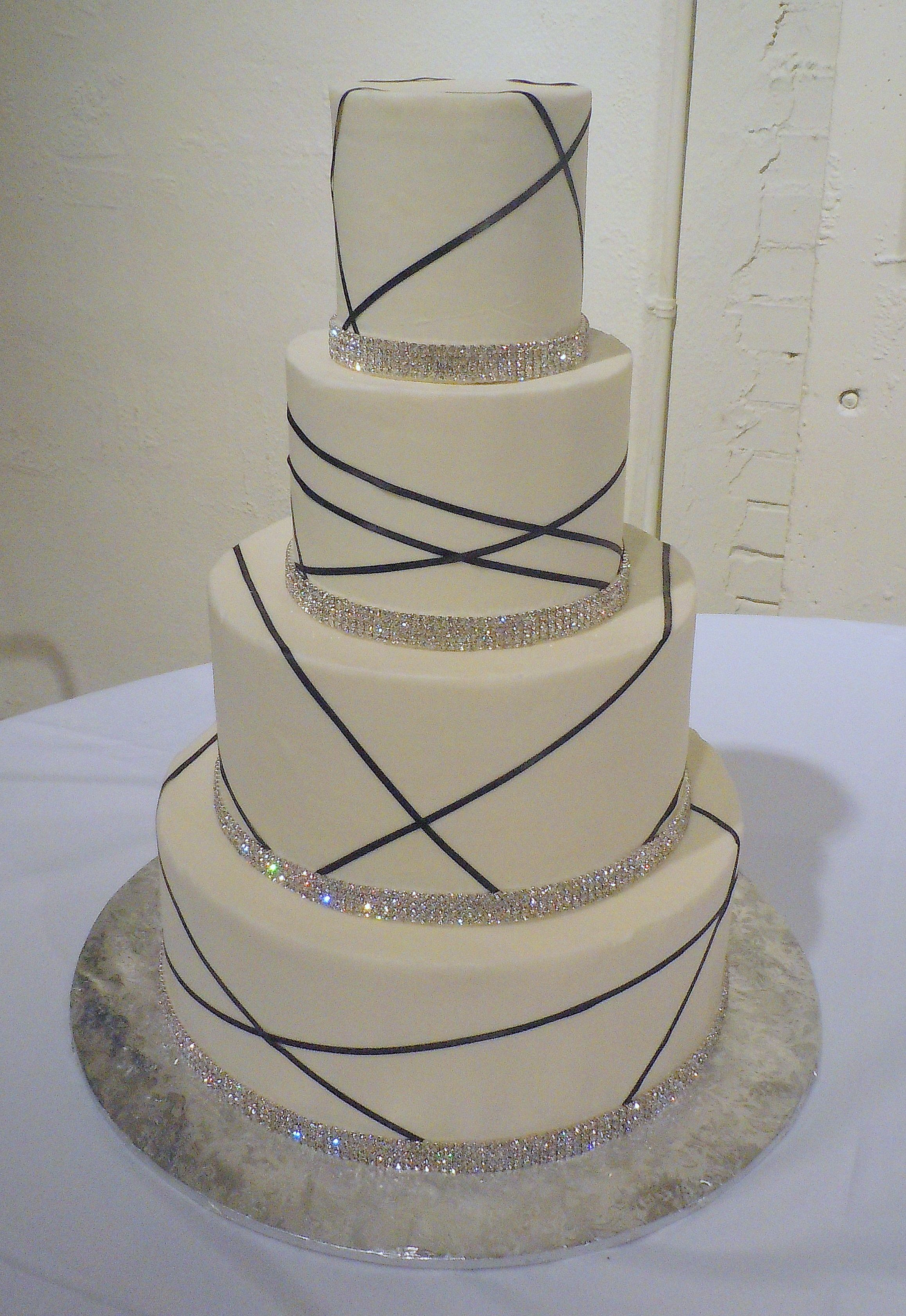 Louisville Kentucky Elegant Bling Wedding Cake From Sweet Surrender Dessert Cafe
