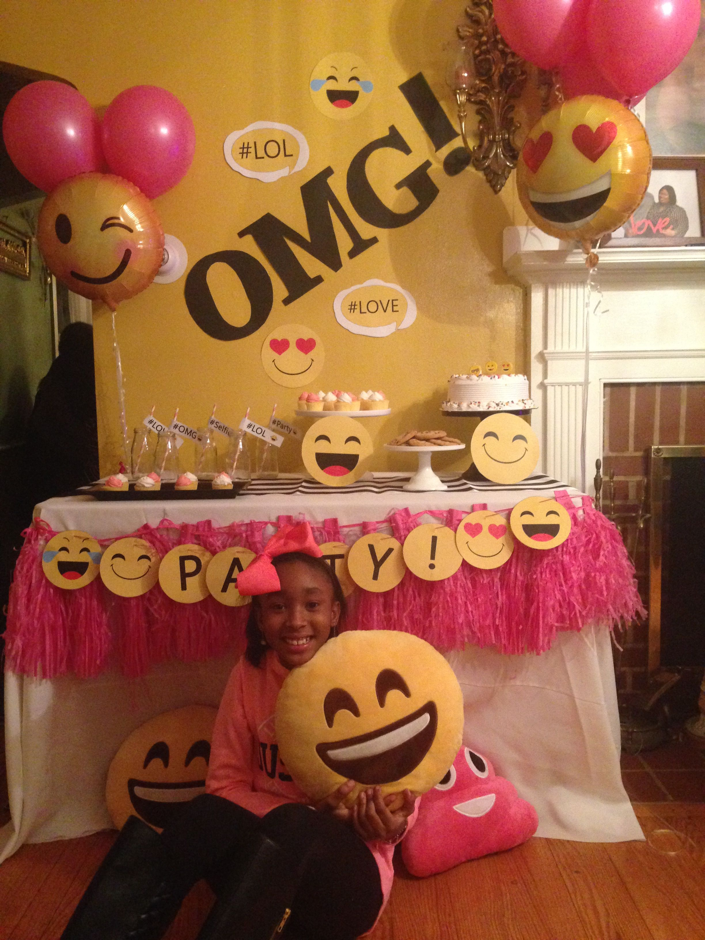 Emojin Cumple Emoticones Pinterest Decoracion Fiesta