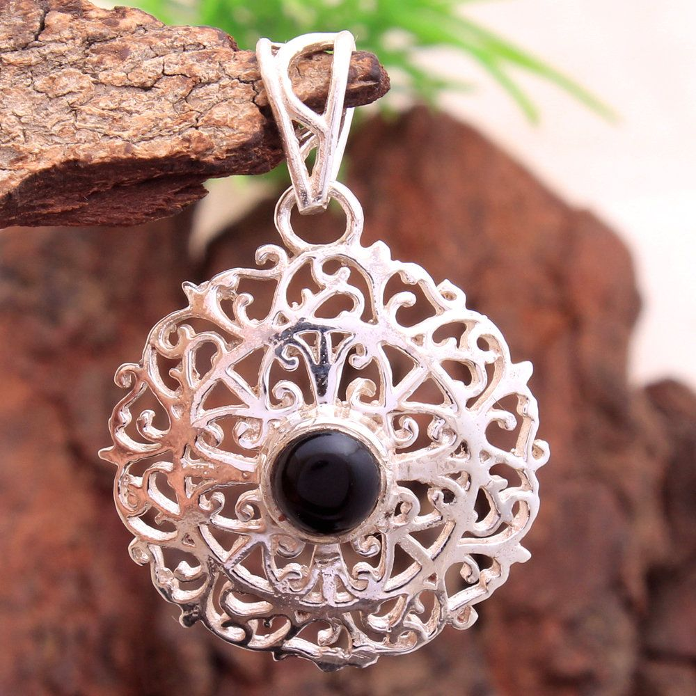 Unique Style Black Onyx Gemstone Pendant 925 Sterling Silver Hand Made Beautiful pendant Jewelry Length 1.3 svp5197