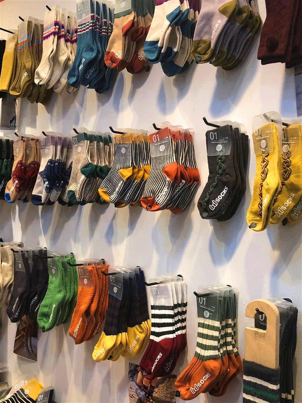 buy online 62f74 41f54 Barack Obama socks  Korean boy-band socks  Instant ramen socks  Matching  socks for couples  Socks for pets  If you can imagine it, you can find  socks in ...