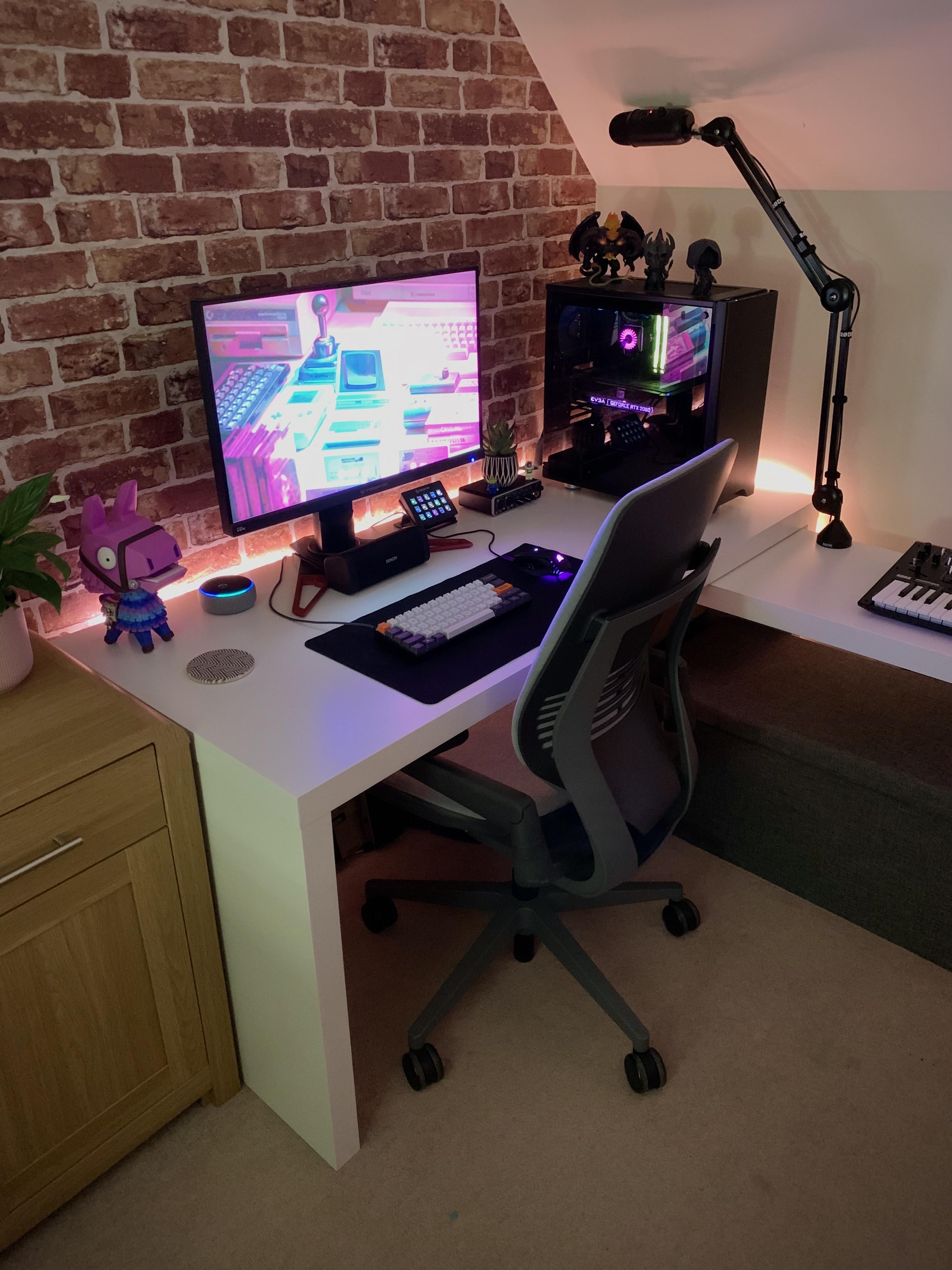 Finally upgraded to a proper chair in 2020 home office
