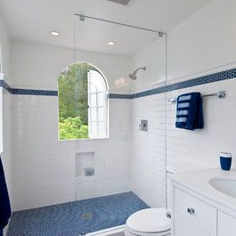 Love The White Subway Tile With Blue Accent Strip