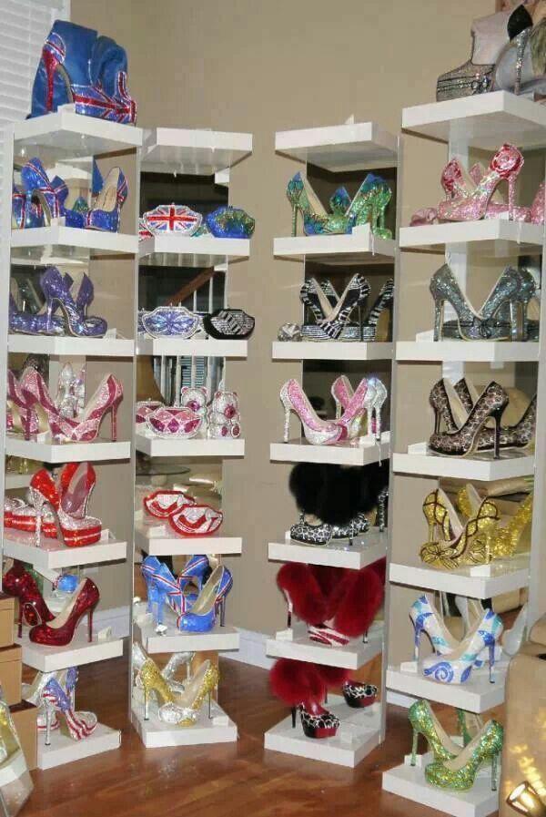 Wall O Shoes