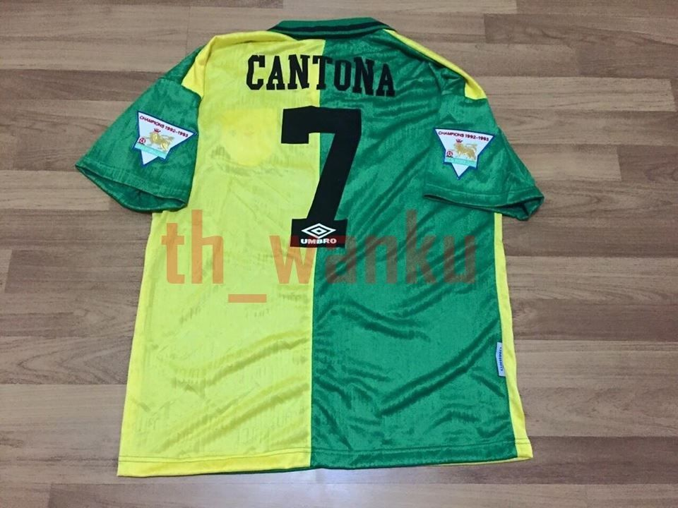 Manchester united shirt personally hand signed by eric cantona himself during his 2018 uk speaker tour hosted by one of a1 sporting memorabilia's trusted. Eric Cantona No.7 Manchester United 93/94 Retro Football ...
