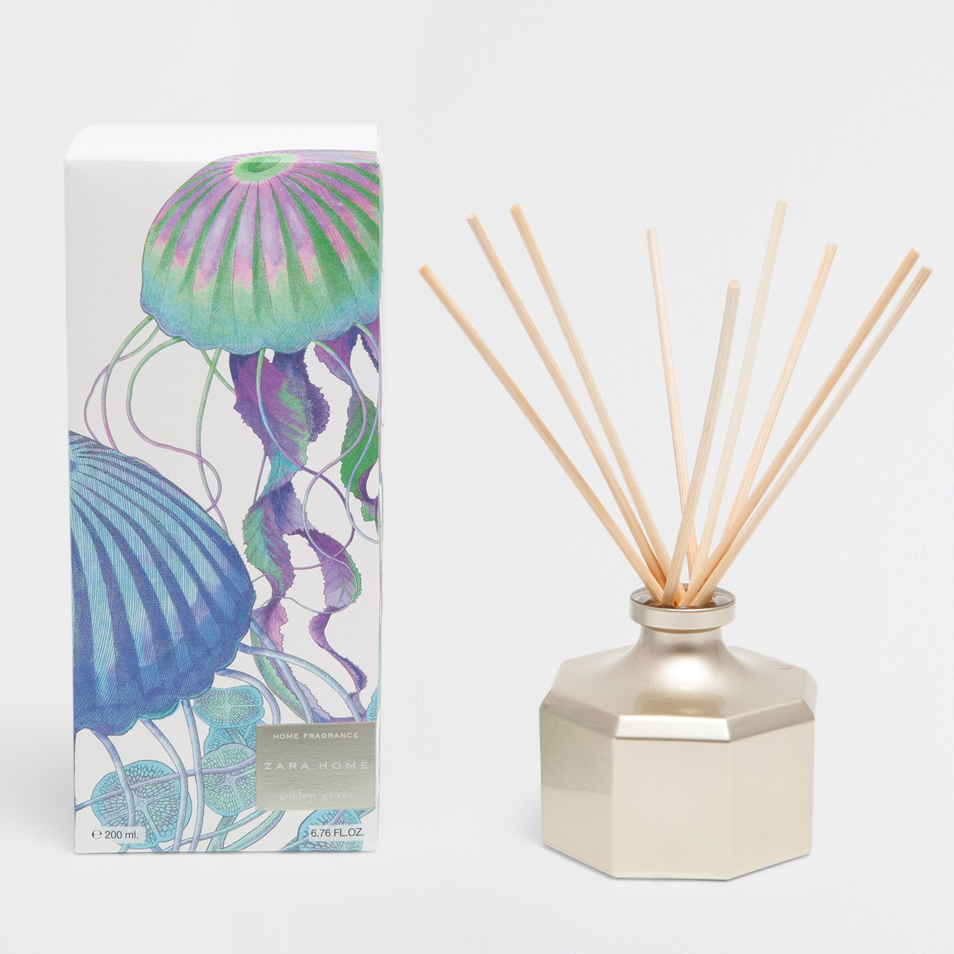 Image 1 Of The Product GOLDEN GRASS AIR FRESHENER STICKS (200 ML)