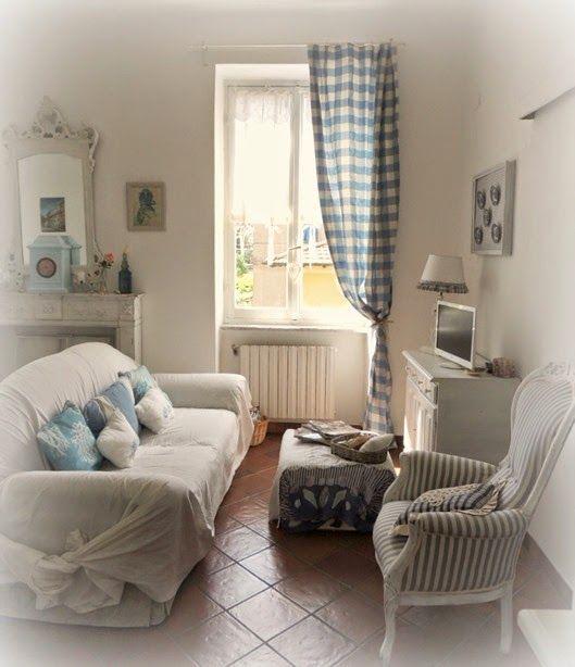 La mia casetta shabby al mare - il soggiorno | Shabby, Antique ...