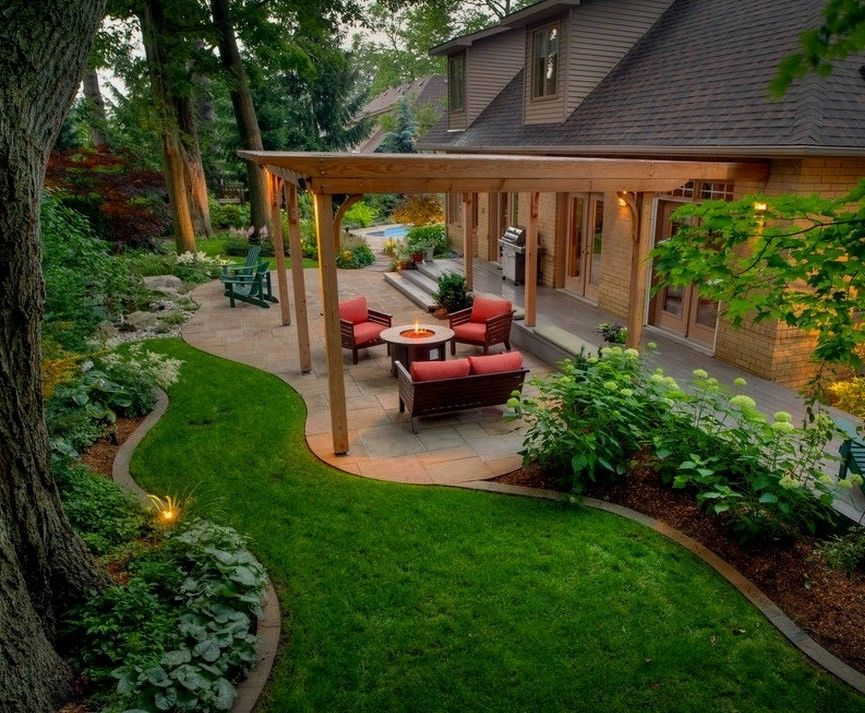 wow this outdoor space is cool shared by the my country home and rh pinterest de