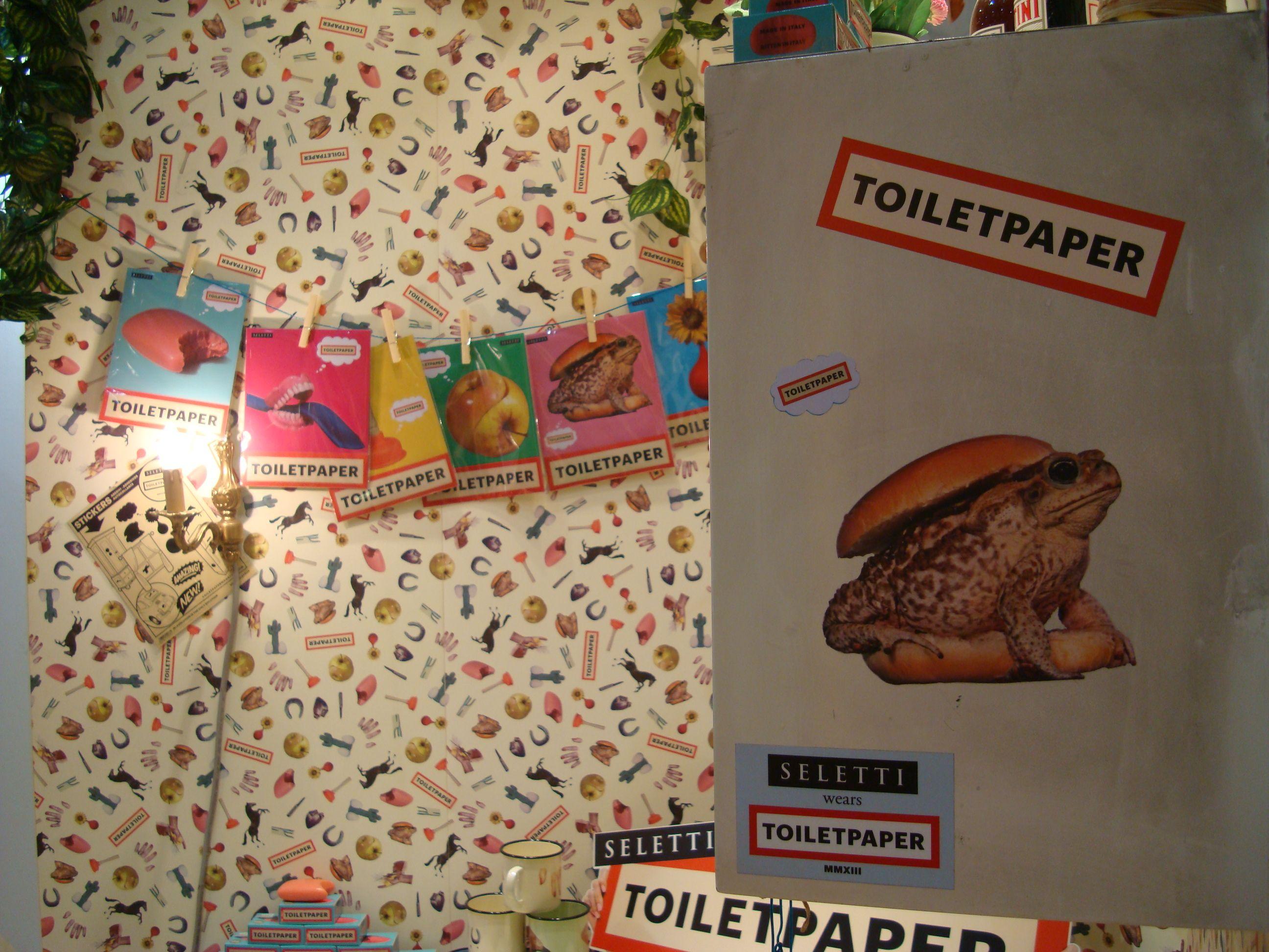 L'étonnante et détonante collection Toiletpaper de Seletti, à découvrir ici : http://www.uaredesign.com/catalogsearch/result/?q=toiletpaper #toiletpaper #seletti #uaredesign #mugs #assiette #vaisselle #nappe