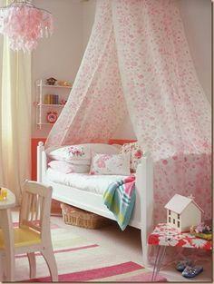 Pretty DIY Canopy Beds & Pretty DIY Canopy Beds | Canopy Girls canopy beds and Girls canopy
