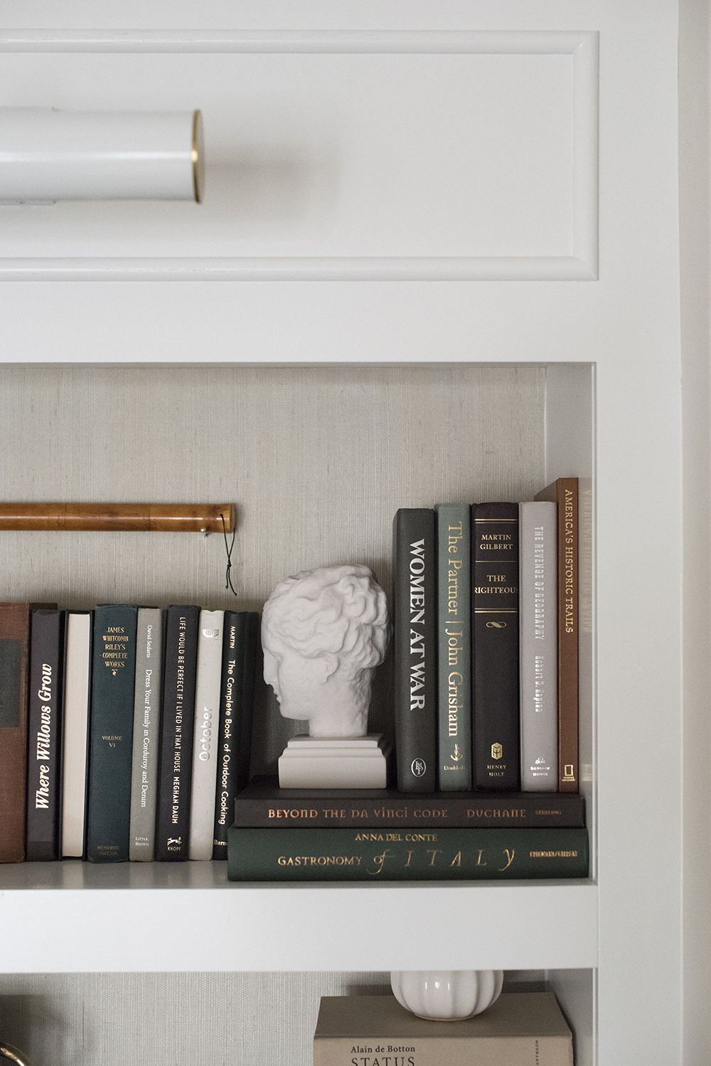 Photo of 10 Tips for Shelf Styling with Lots of Books – Room for Tuesday