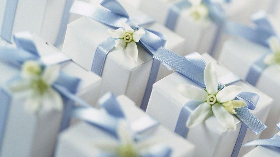Wedding Gift Etiquette Amount Wedding Gift Etiquette Wedding Gifts Gifts For Wedding Party