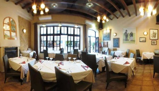 One of the most popular restaurants in Alvor. Have you tried the Try the picanha? http://www.mydestination.com/algarve/restaurants/16391/vagabondo-restaurant