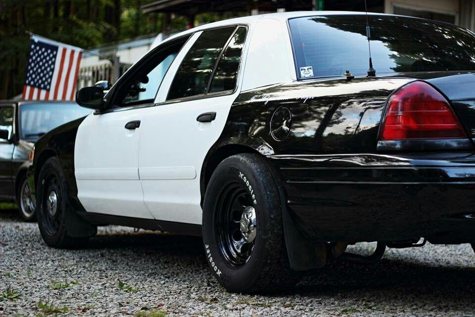 Aftermarket Wide Wheels Crown Victoria Police