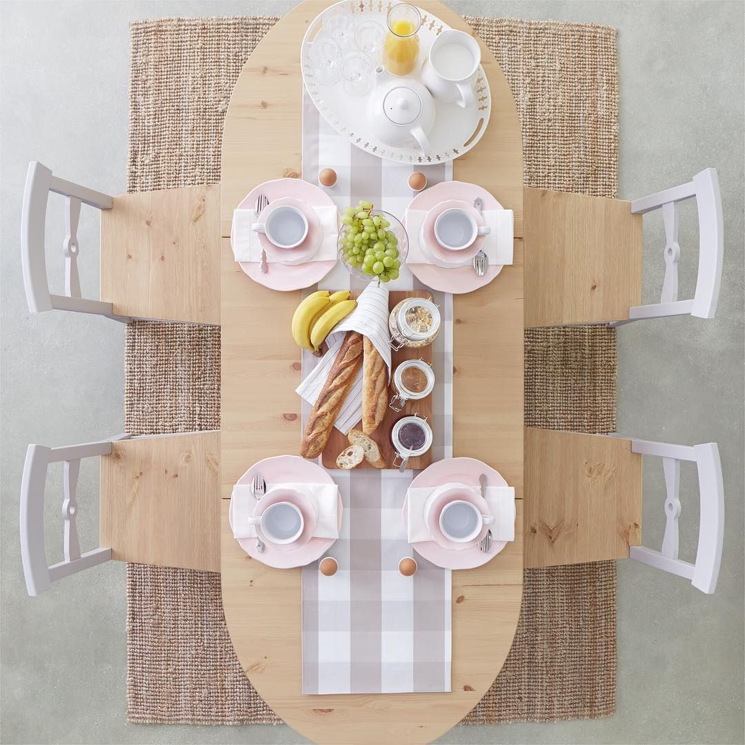 「いつもの朝食も #テーブルセッティング をちょっと工夫するだけで、ホテルのような朝食に変身!  ブレッドやジャムはウッドのまな板に、ドリンク類はトレイにまとめるなど、簡単なアイデアひとつでおしゃれに盛りつけられます。 #イケア #IKEA #ikeajapan #IKEAカタログ2016…」