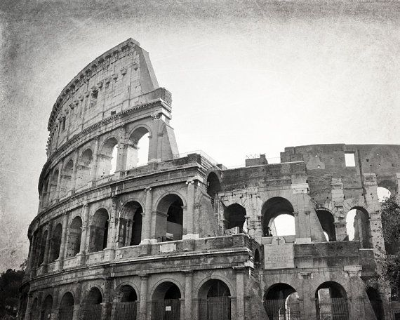 Colosseum Rome Photography Black And White Print Rome Wall Art Rome Italy Travel Decor Roman Ruins Europe Decor Gift For Traveler In 2020 Rome Photography White Photography Black And White Photography