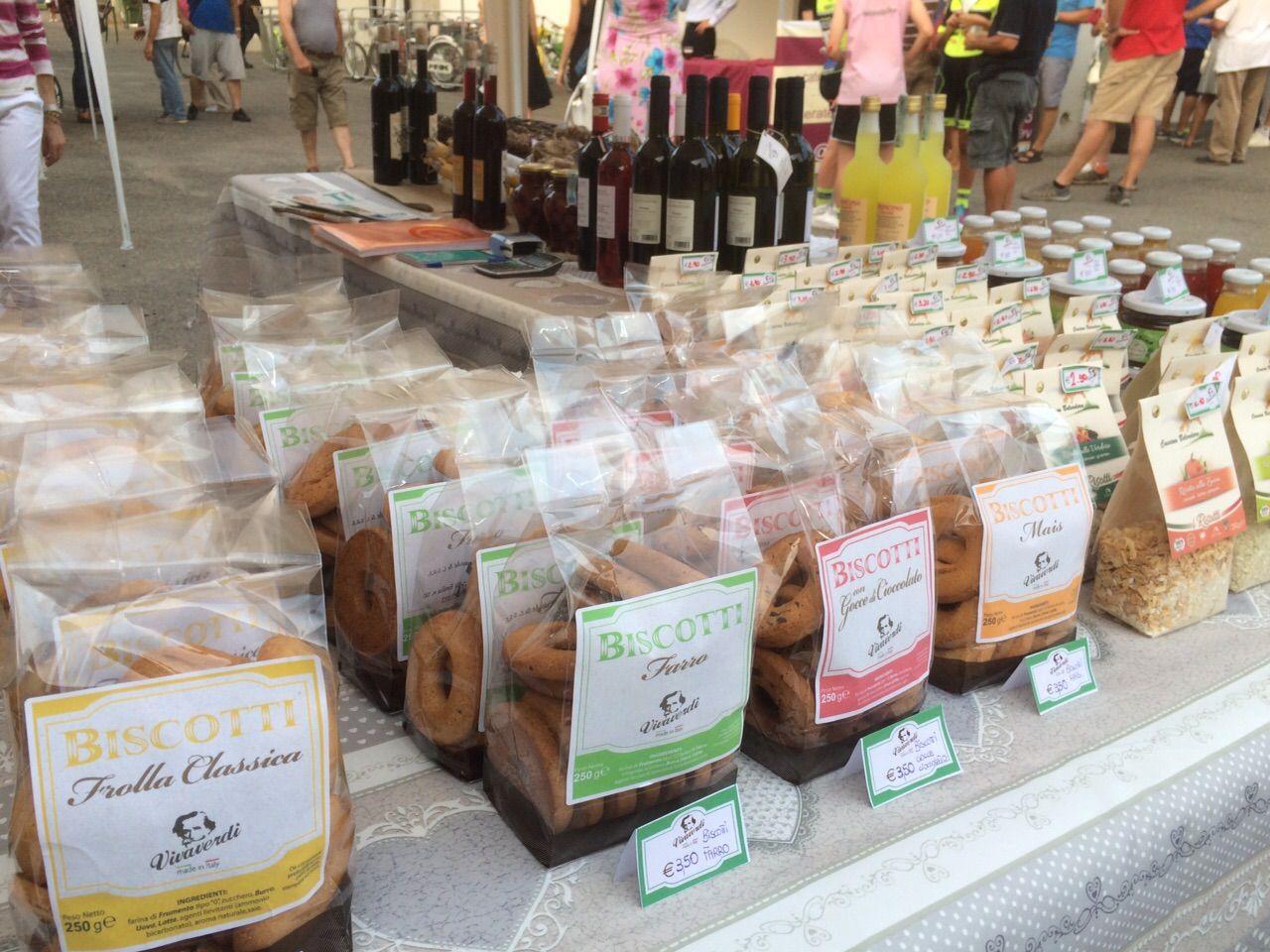 Prova le delizie #Vivaverdi! #coppa #salame #limoncino #biscotti #madeinitaly Info: http://www.vivaverdi.it