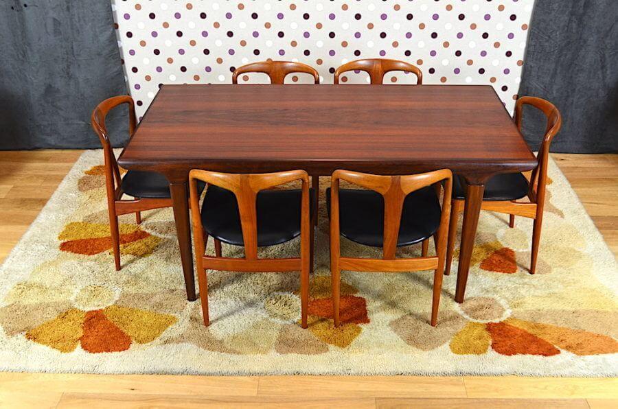 Serie De Chaises Danoise De J Andersen Pour Vamo Mobelfabrik Fauteuil Design Scandinave Mobilier De Salle A Manger Salle A Manger Design