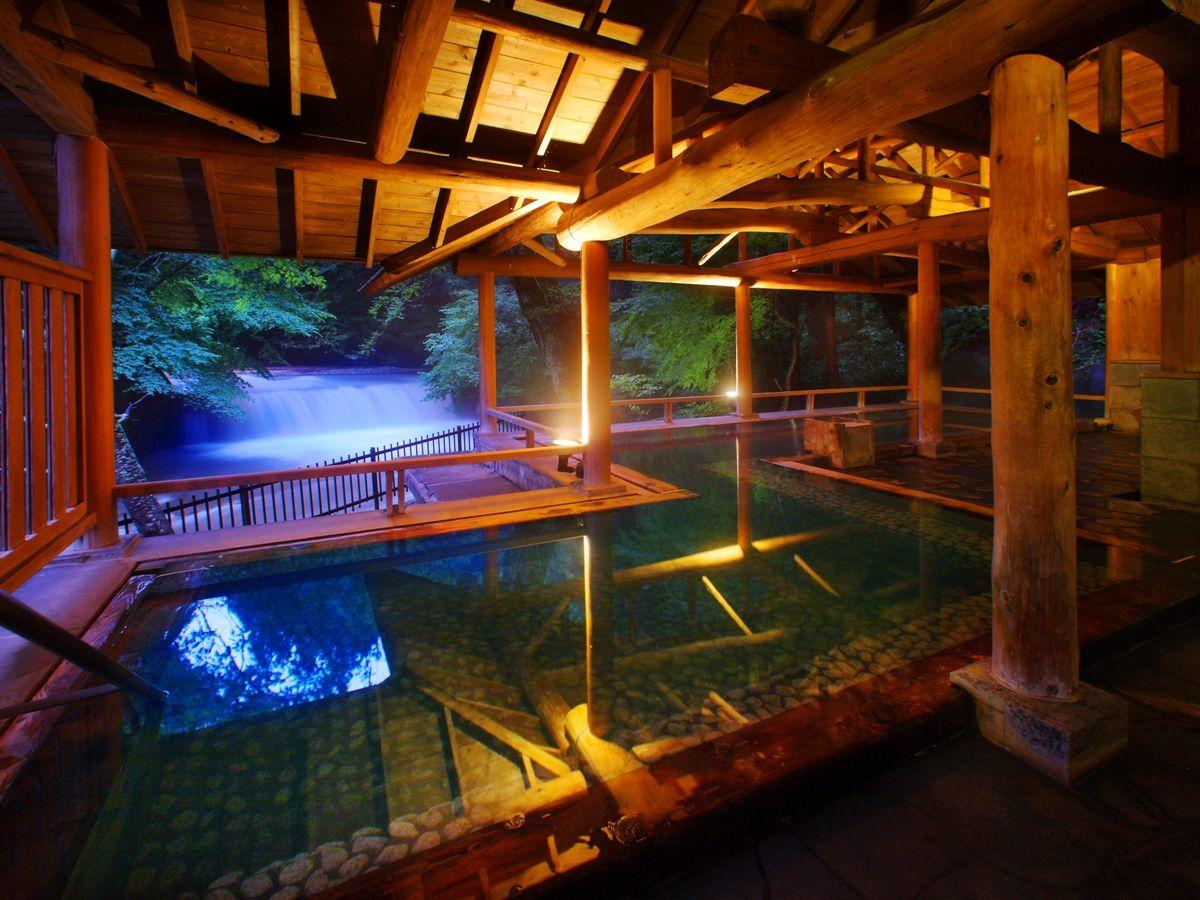 滝見露天 森のこだま 四万たむらを代表するお風呂 四季折々の景色と美肌の湯を楽しめる 温泉 伊香保温泉 宿