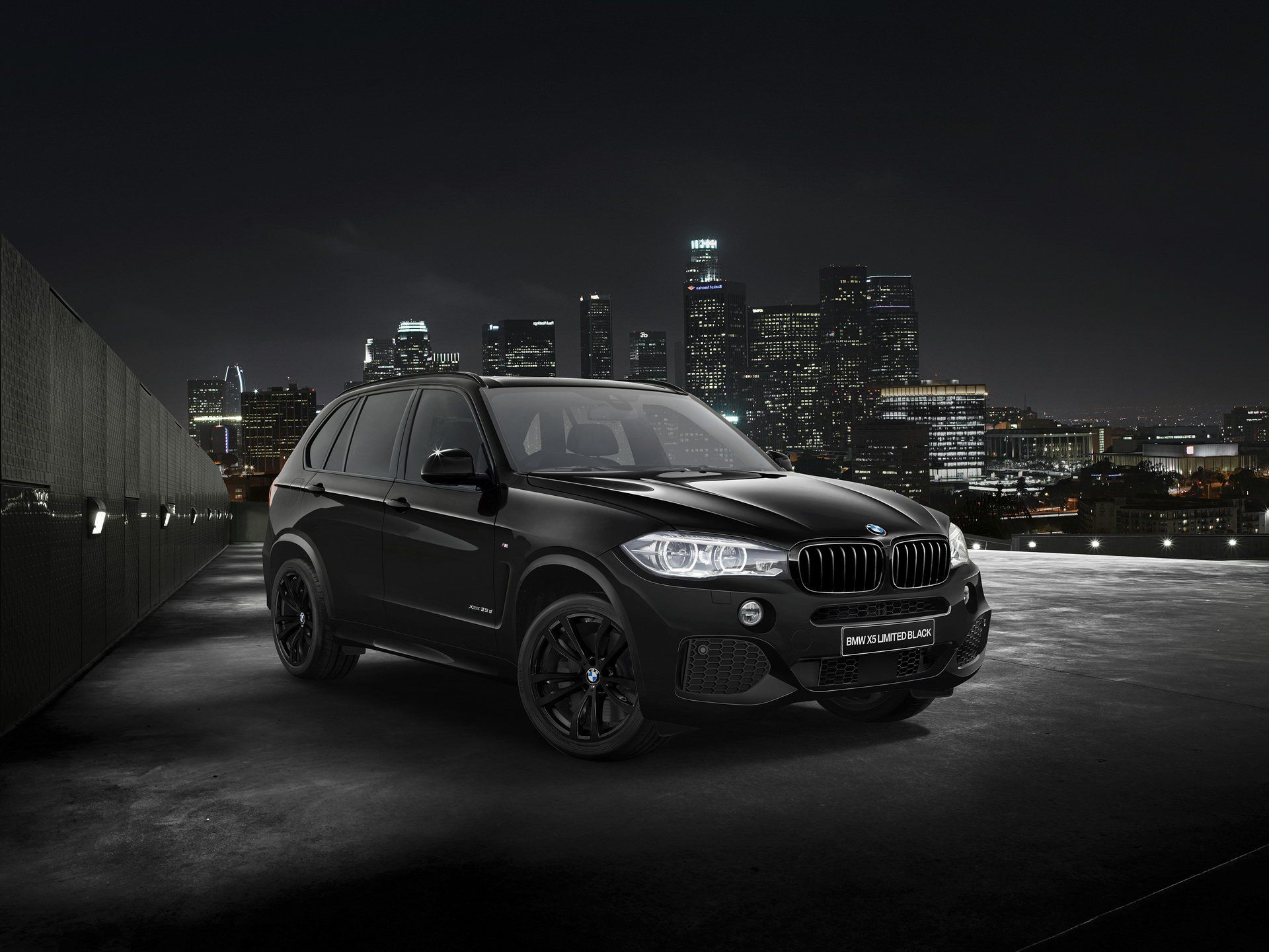 Bmw Japan Sends Off Previous X5 With Limited Black And White